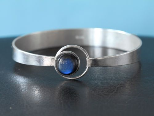 Kalevala Kotu, -Vintage Modernist Spectrolite Stone Silver Bracelet. #Finland