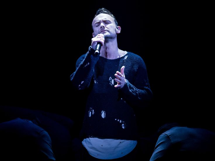 Former Liberty X star Kevin Simm wins The Voice UK -                       Winner of The Voice UK 2016 Kevin Simm performs during the final (Picture: BBC)     Former Liberty X starKevin Simm has won Th...