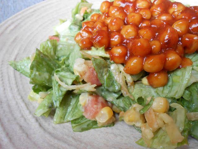 Eat cook and love: Salade hachée de pois chiches barbecue, vinaigrette ranch à l'avocat