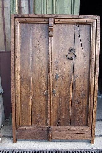 1000 id es sur le th me portes anciennes sur pinterest for Isolation porte d entree ancienne