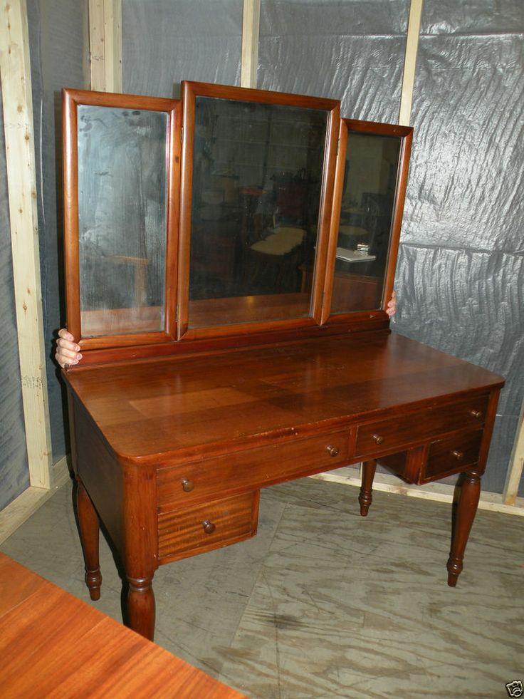 antique refinished mahogany bedroom vanity or desk