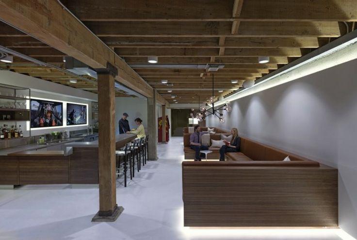 Beautiful Offices of Giant Pixel | SmokingDesigners