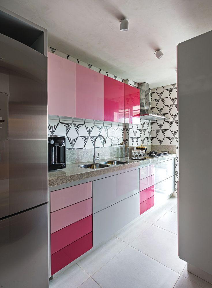 Anápolis, Goiás - Arquiteto Gustavo Henrique Barone #kitchen #pink