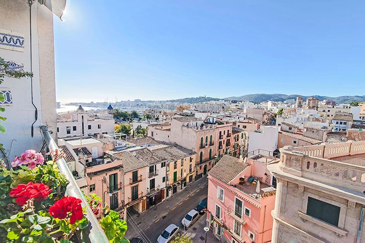 Apartment with balcony and beautiful views in Santa Catalina