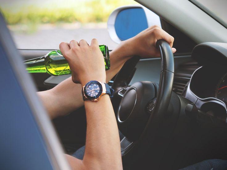 Kara grzywny, więzienie? Co grozi za jazdę pod wpływem alkoholu? | Jazda po alkoholu - porady prawne