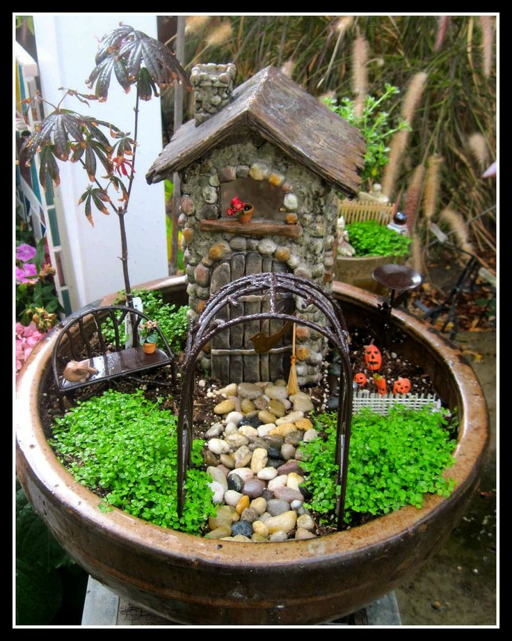 269 best Fairy Gardens images on Pinterest | Miniature gardens ...
