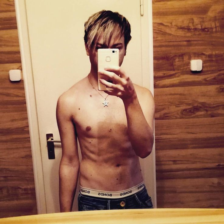 Sunday selfie #VikincA #sunday #selfie #selfieboy #huawei #bonds #underwear #syoss #got2b #pentagram #body #bodypics #hot #evilheart #halloween #instagood #vain #hedonism #666 #Me #memyselfandi #gay #ijastwannabeme #happy #slave