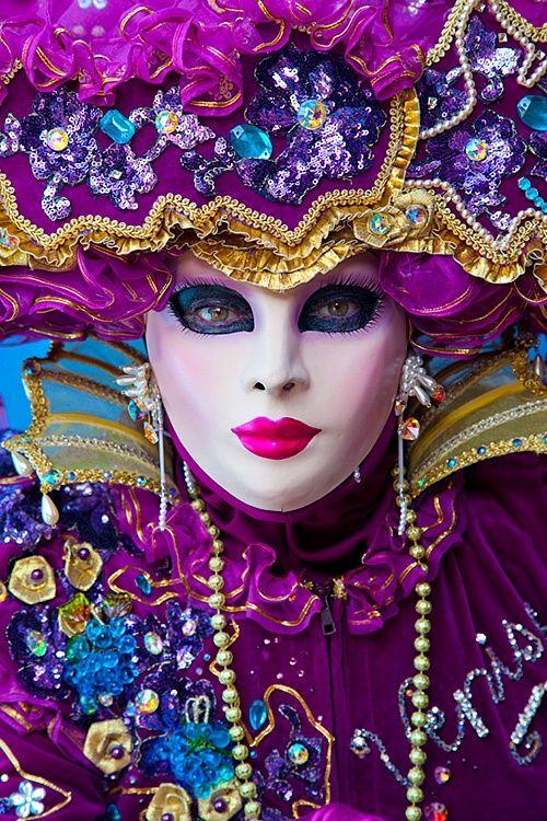 21724 - ID: 12825443 © Jim  Zuckerman  carnival venice masquerade mask masks