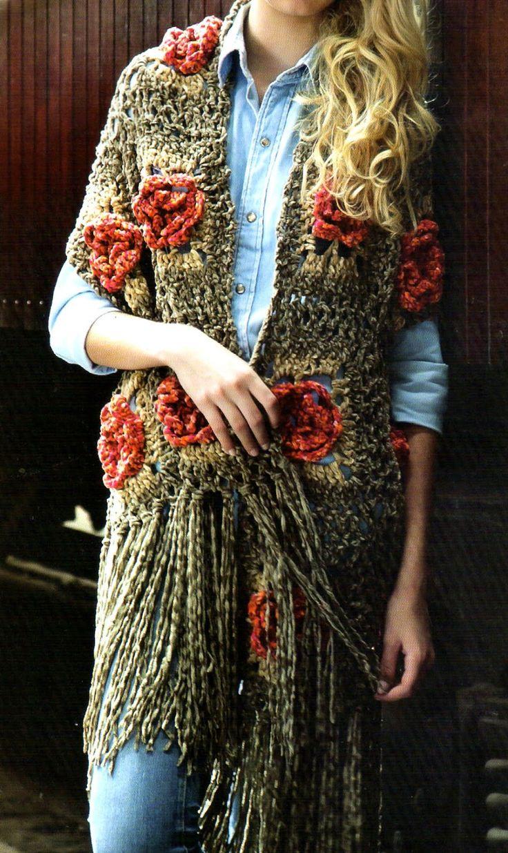 tejidos artesanales en crochet: chal con flores y flecos tejido en crochet