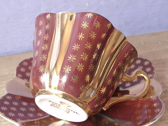 Vintage 1950's Mid Century Modern teacup and saucer, English tea cup, Gold tea cup, Red tea cup, Bone china teacup, Gold stars teacup