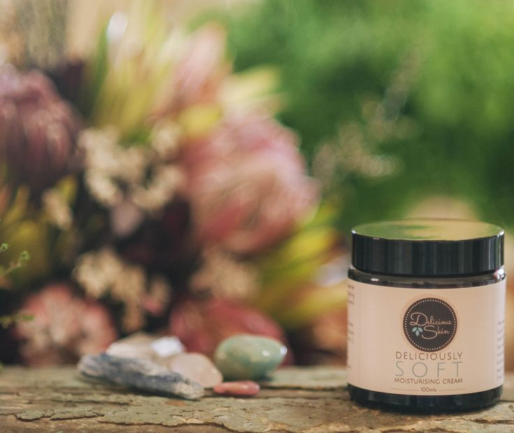 Thick and creamy to deeply penetrate and hydrate skin. Amazing healing properties to reduce scars, stretch marks and signs of ageing. Smells Delicious (good enough to eat)!