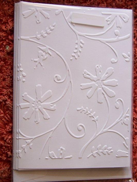 Cuttlebug- Stylized flowers Embossing Folder