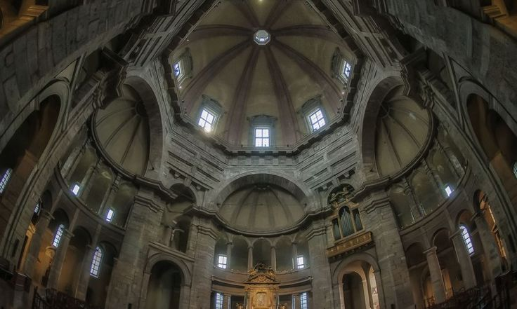 Beyond the flare. Basilica of San Lorenzo Milan, Brera | HDR Photography Giuseppe Sapori