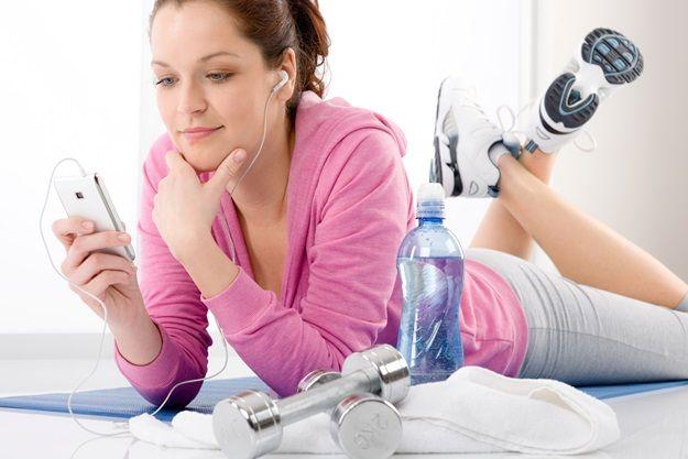 Jika anda perlukan sedikit motivasi untuk mulakan rutin sihat, jom cuba beberapa tip untuk bangun awal dan senam!