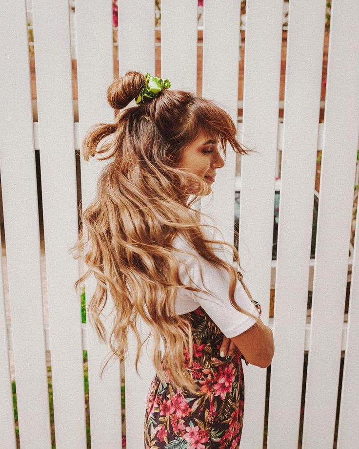 "ANIAM on Instagram: ""Hair full of secrets & bambanis✨ #aeostyle @americaneaglecol"" Braided Hairstyles, Braids, Dreadlocks, Hair Styles, Beauty, Instagram, Ideas, Hairdos, Hair"