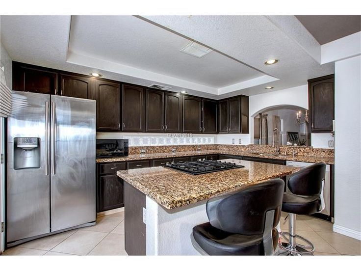 4 Bedroom House with Pool For Sale in Northwest Las Vegas 89129