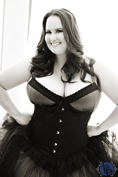 Sexy Country   Southern   Intimate Boudoir Photography   Plus Size Boudoir   Krystle   True Blue Intimates