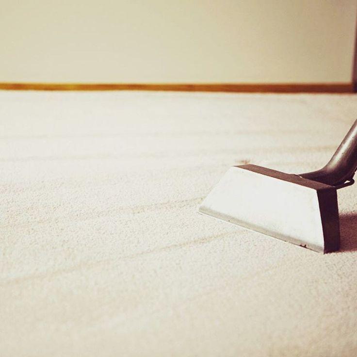 Saviez-vous qu'il y a une procédure de base à respecter lors de tout nettoyage de tapis? Rendez-vous sur notre site web www.servicesmro.com pour en apprendre davantage. #entretien #lavage #tapis #Montreal #RiveNord #RiveSud #entreprise #rug #cleaning