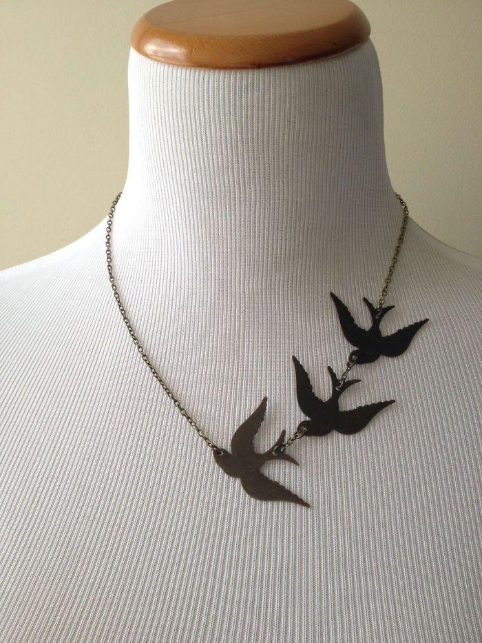 divergent bird tattoo necklace - 700×933