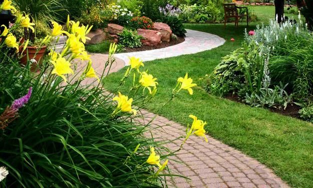 Garden oaths and walkways are important elements of yard landscaping and backyard designs. Curvy garden paths and walkways Feng Shui a home for wealth by allowing positive energy softly flow around a
