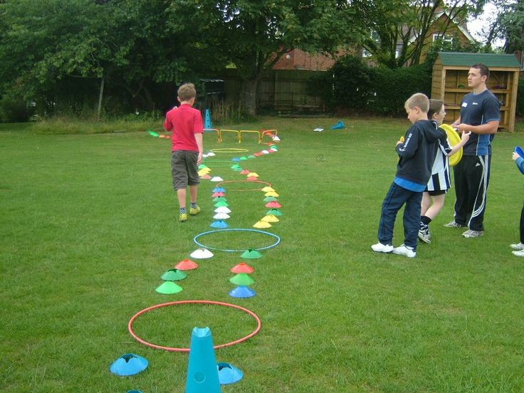 Frisbee golf course @ the Sport Xperience. The children created their own courses.     #sport #creative #children #physicalactivity
