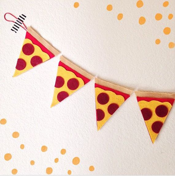 Pizza slices // Felt Banner // Garland // by ShopHeydayDryGoods
