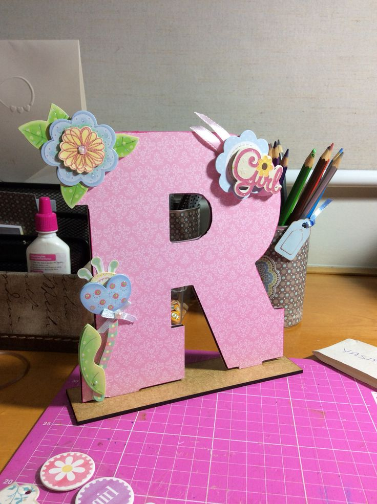 Letra decorada scrap