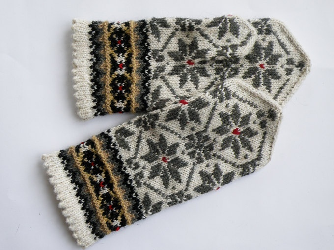 Hand knitted warm wool mittens , gloves patterned White , Grey flowers. $30.00, via Etsy.