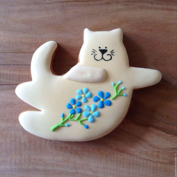 """Купить Пряник """"Кот-тильда с цветами"""" - бежевый, пряничное тесто, пряник, кот тильда, незабудки"""