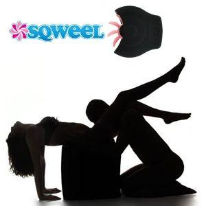 Los juguetes sexuales son objetos que sirven para aumentar el placer del sexo en pareja o para autocomplacerse. Lo más común es emplearlos a solas para autocomplacerse, como una manera de aumentar el placer durante la masturbación. También se usan durante el acto sexual  en pareja para aumentar el placer sexual.