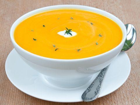 Passato di carote al curry