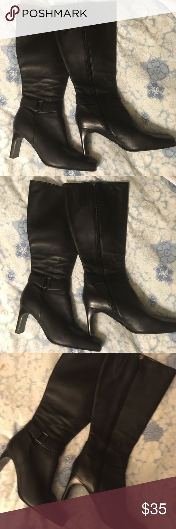 Women's Marks & Spencer's Tall Boot Women's Marks & Spencer's Tall Boot, Black, Size 10. Very gently used. Marks & Spencer Shoes Heeled Boots