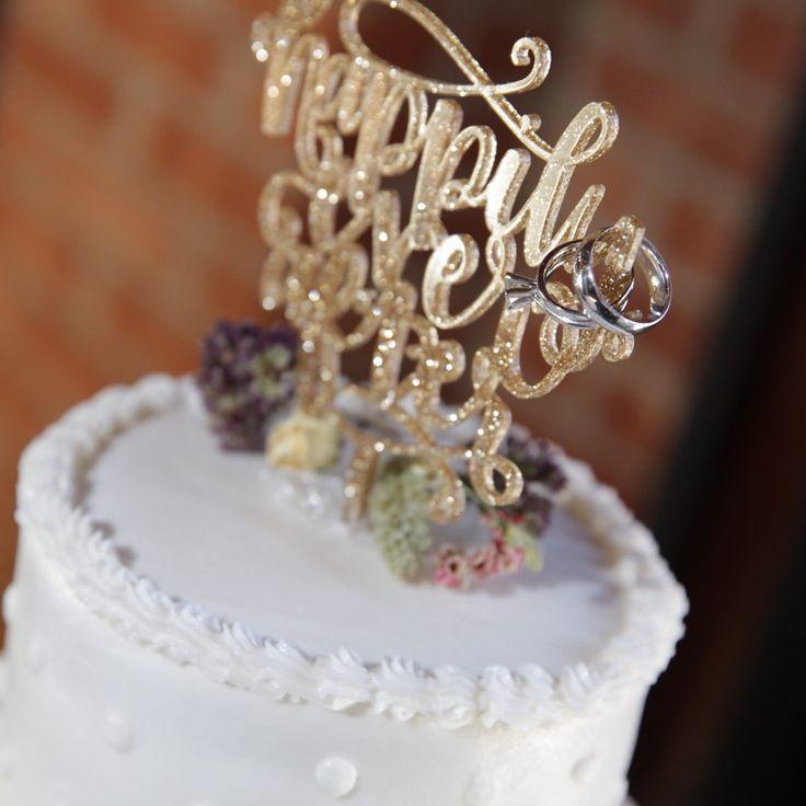 Ever found yourself wondering exactly what wedding usher duties involve?Understanding & Explaining Wedding Usher Duties - Southern Bride