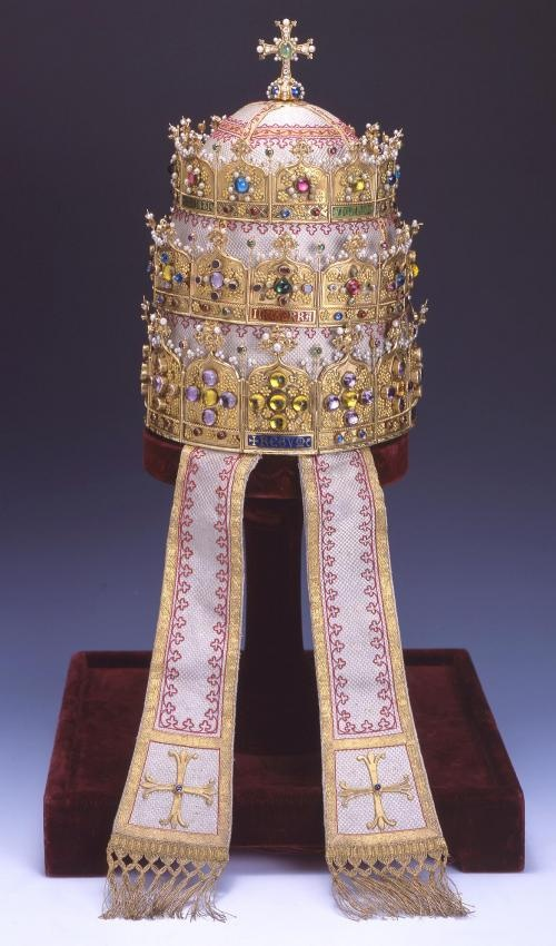 Papal tiara presented to Pius IX by Belgium in 1871.