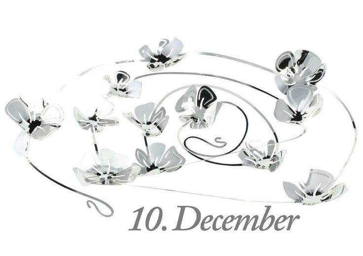 Good morning, 10th of December. The design of the day is our Flower Vine, silver. Like our Facebook page & the post of the day and  you might be the lucky winner! The Flower Vine costs 89,-dkk in our web-shop www.jettefroelich.dk, but for today only! (Normal price 139,-) #christmascalender #christmasgiveaway #facebook #flowervine #jettefrölich #jettefroelich #jettefrölichdesign #jettefroelichdesign #danishdesign #scandinaviandesign