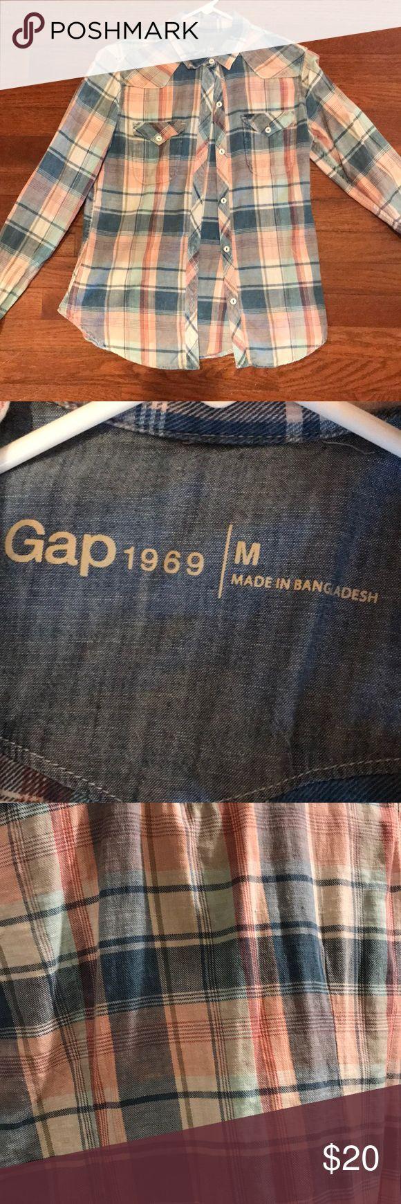 Plaid flannel longsleeved shirt Gap 1969 medium ladies long sleeved plaid flannel shirt GAP Tops Button Down Shirts