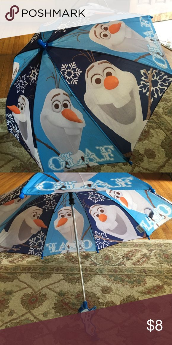 Olaf from Frozen kids umbrella Never been used, cute umbrella with every kids favorite snowman from Frozen, Olaf!! 😍⛄️. Great for kids standing at bus stop on rainy day or just for any rainy day! Measures 21 inches from one end to Olaf hair. Accessories