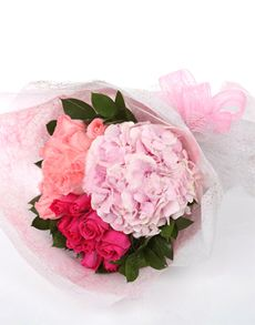 Gift Ideas - Easter Flowers: Hydrangea and Pink Roses Bouquet!