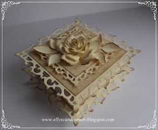 Elly's Card Corner: Fleur de Lis Squares box