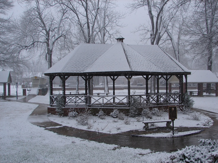 Rockmart park in the snow