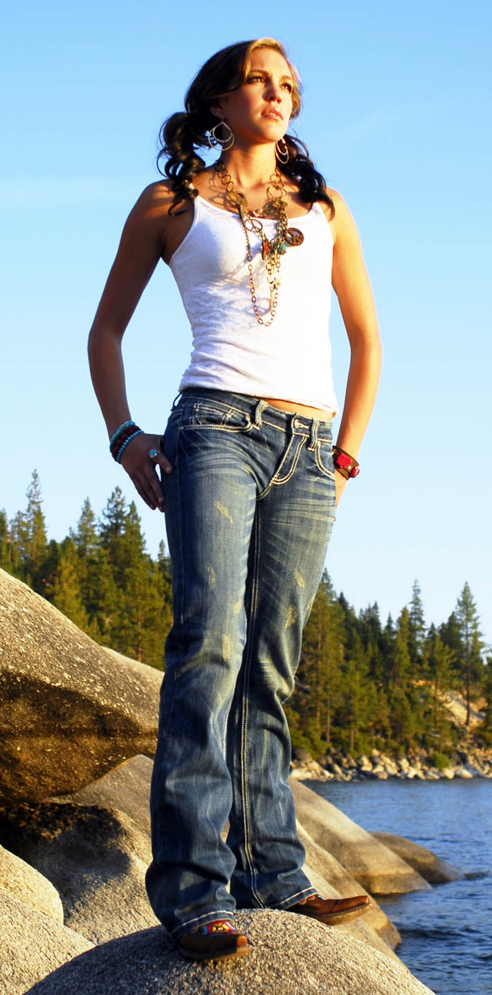 White tank, jeans and boots. Classic. Perfect.