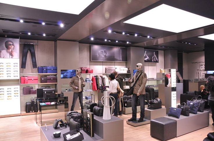 Get started on your Christmas shopping with a visit to our Hyde Park Corner Store this weekend to see all the latest Porsche Design luxury and quality fashion and accessories items.