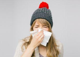 Rhume, fièvre, toux… vous avez sans doute attrapé un syndrome grippal (attention, à ne pas confondre avec la « vraie grippe » !). Voici quelques solutions naturelles pour atténuer vos symptômes rapidement.