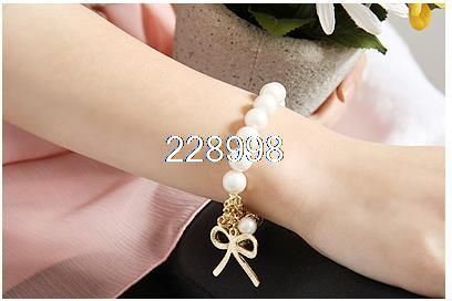 Min order is $10(mix order),Hot Sale New Fashion Pearl And Bowknot Bracelet For Women,Delicate Cheap Bracelet For Party Dresses