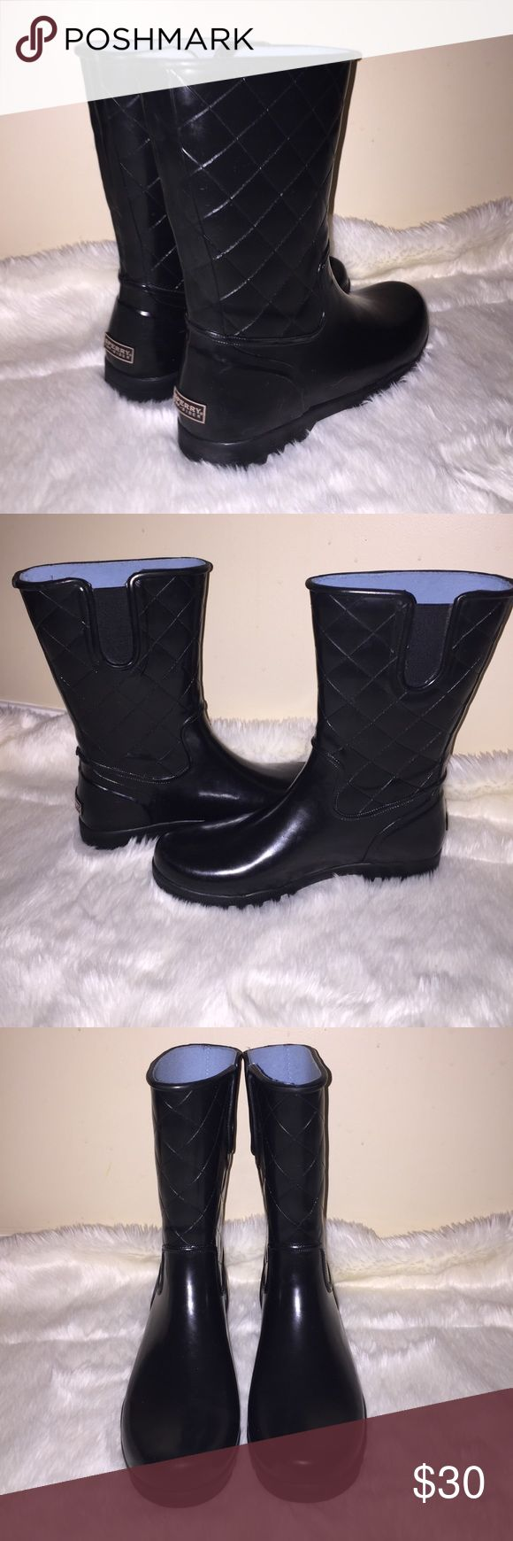 Sperry Top-Sider Rubber Rain Boots Quilted Pattern Pre-owned, Gently Used. Quilted Pattern Sperry Top-Sider Rubber Rain Boots. Color | Black. Women's size 11. Baby Blue Interrior. Very cute& stylish. Sperry Shoes Winter & Rain Boots