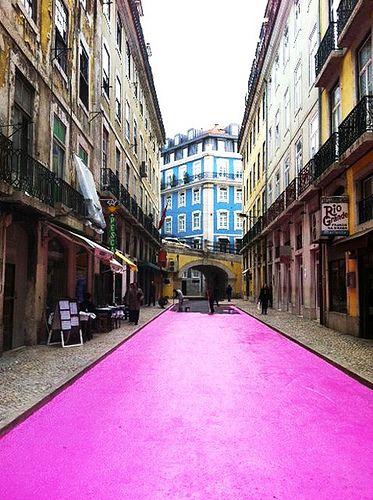 Pink street - Rua cor de Rosa - Lisboa, Portugal