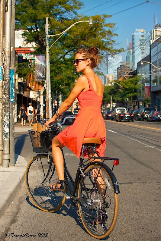 bikesandbabes:  (via TorontoVerve.:: Kristin: Season in the Sun)