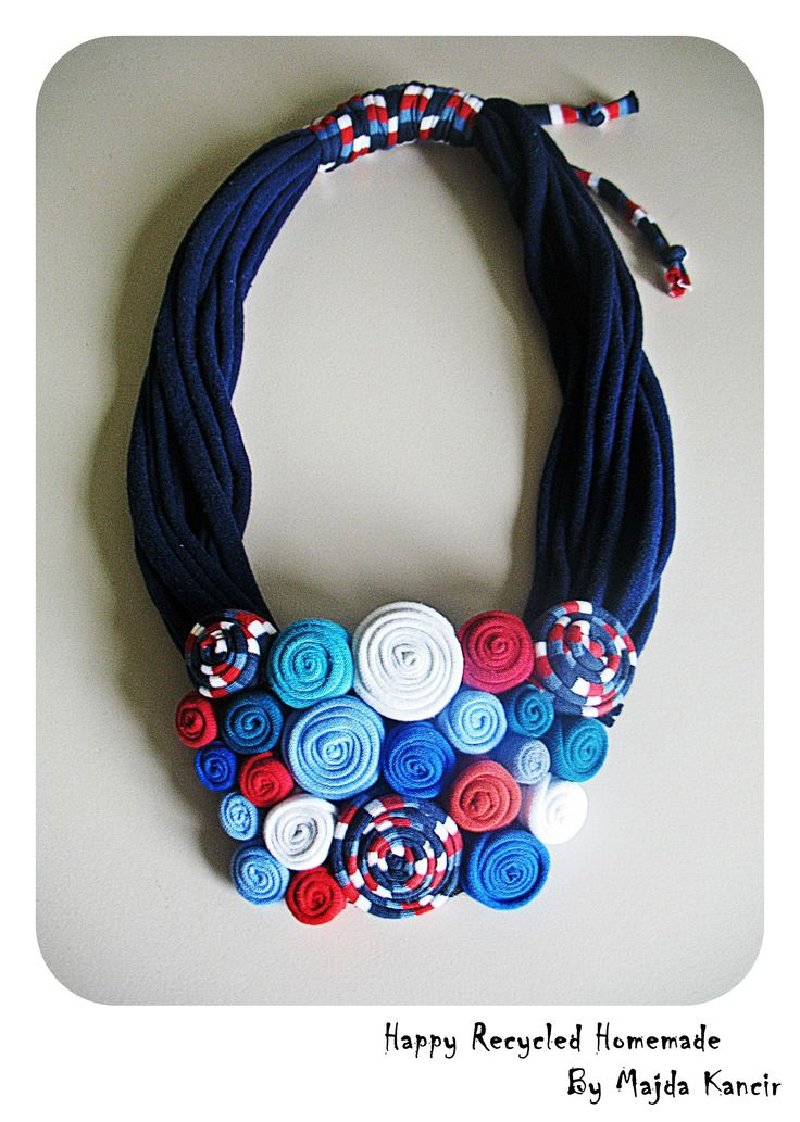 unique necklace made ​​of cotton ....