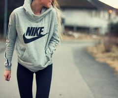 Nike, hoodie - post workout fashion for fall.