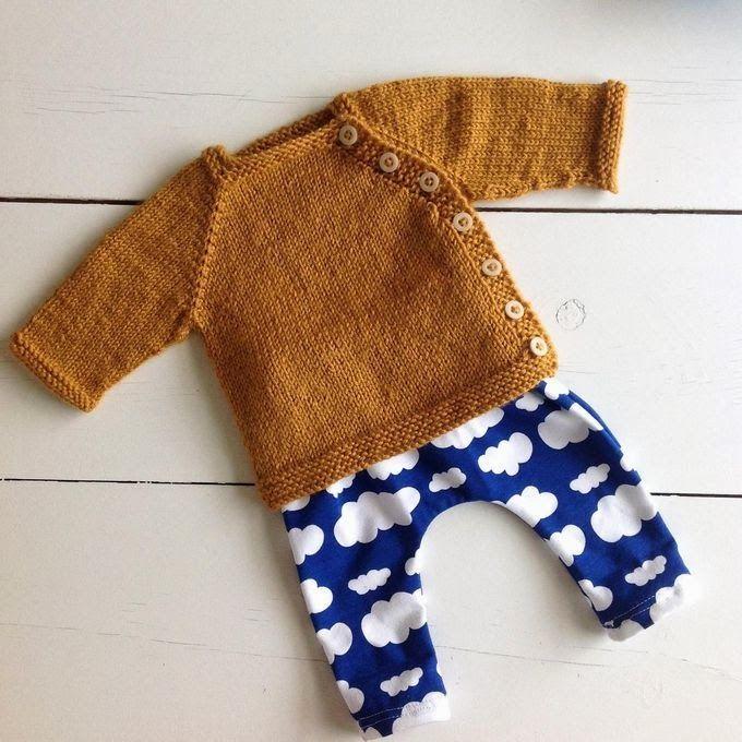 http://www.tangerinette.com/ tricot bébé puerperium cardigan moutarde laine karisma drops